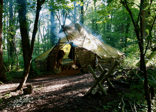 hands on bushcraft parachute shelter