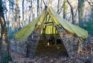 About Us - Hands on Bushcraft